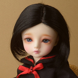 "[7""] Risca Short Wig (Black)"