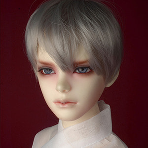 "[8-9""] Effic Short Wig (Gray)"