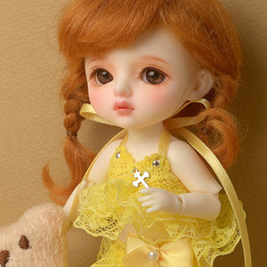 [Bebe Doll.휴쥬베이비] Magneto Lace Top (Yellow)