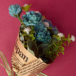 Gypsophila Rose Bouquet (Blue)