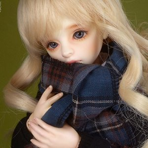 Model & MSD - Check Woollen Muffler (A - Blue)