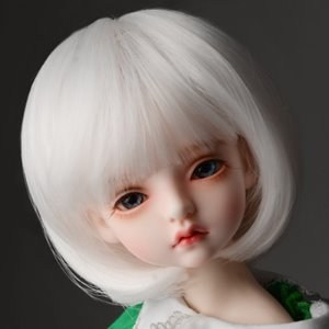 "[7-8""] Pageboy Cut Wig (White)"