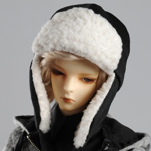 (8-9) Celavie Hat (Black)